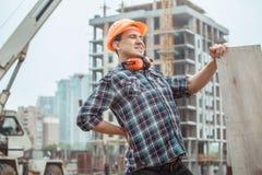 Manligt projekt för ockupation för teknik för arbetsbyggnadskonstruktion royaltyfri bild