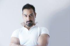 Manligt skägg för kort hår för modell fotografering för bildbyråer