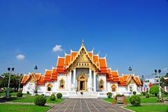 manmarmor ett tempel thailand Arkivfoton