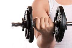 Mann-anhebende Gewichte Lizenzfreies Stockbild