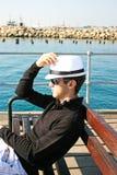Mann auf dem Pier Lizenzfreies Stockbild