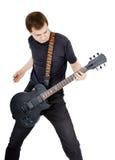 Mann auf einem weißen Hintergrund Ausführender mit einer elektrischen Gitarre stockbilder