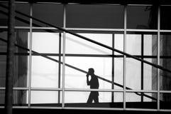 Mann auf Handy Stockbilder