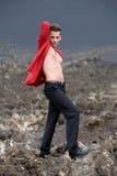 Mann auf Vulkan Stockbild