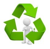 Mann 3D mit Recycling-Symbol Lizenzfreie Stockfotos