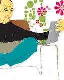 Mann, der Computer verwendet lizenzfreie abbildung