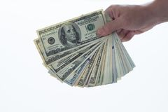 Mann, der Dollar zählt lizenzfreie stockbilder