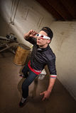 Mann, der durch Gläser 3D schaut Lizenzfreie Stockfotografie