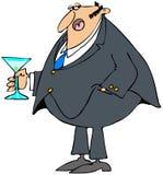 Mann, der ein Cocktail anhält Stockfotos