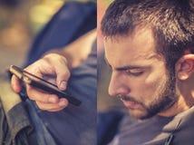 Mann, der ein intelligentes Telefon, Diptych verwendet lizenzfreies stockfoto