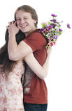 Mann, der Frau umarmt Lizenzfreie Stockbilder