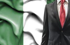 Mann in der Klage von Nigeria lizenzfreie stockbilder