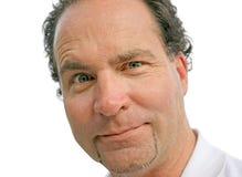 Mann, der lustiges Gesicht bildet Lizenzfreies Stockfoto