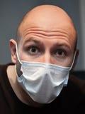 Mann in der Medizinschablone stockbilder