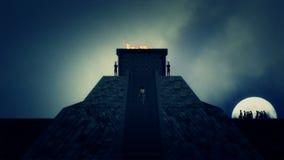 Mann, der Pyramide Machu Picchu in altem Peru klettert stock video