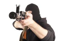 Mann in der Schablone mit Gewehr Stockfotos