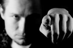 Mann, der seinen Finger auf Sie zeigt Stockfotos