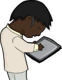 Mann, der Tablette verwendet Stockbild
