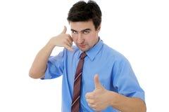 Mann, der Telefon zeigt stockfotografie