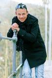 Mann in einem Mantel Stockfoto
