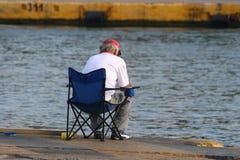 Mann fishing2 Lizenzfreie Stockbilder