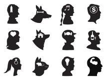 Mann-, Frauen-, Kinder- und Haustiergedanken im Kopf Stockfoto