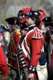 Mann gekleidet als britischer Redcoat Lizenzfreie Stockfotos