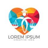 Mann-Holding-Skalen von Gerechtigkeit Logo Gesetz und Rechtsanwalt Logo Design lizenzfreie abbildung