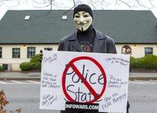 Mann in Huy Fawkes-Maske Lizenzfreies Stockfoto