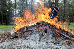Mann im Feuer Lizenzfreies Stockbild