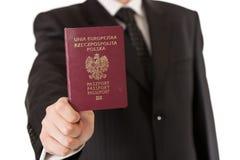 Mann im Klageholdingpaß Lizenzfreies Stockfoto