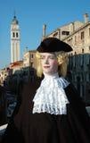 Mann im Kostüm an Venedig-Karneval 2011 Lizenzfreie Stockfotografie