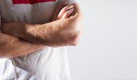 Mann, Kerl, Athlet, Athlet, Bodybuilder in leerem weißem T-Shirt w Lizenzfreies Stockfoto