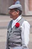 Mann kleidete im traditionellen Kostüm im 2. von Maifeiertag von Madrid, Spanien an Lizenzfreies Stockfoto