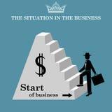 Mann klettert die Treppe der Pyramide Anfang des Geschäfts Auch im corel abgehobenen Betrag Stockfotos