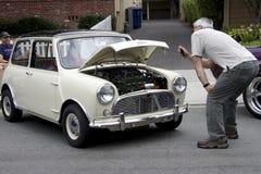 Mann macht ein Foto von Austin-Fassbinder Lizenzfreies Stockbild