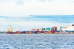 MANN, MALEDIVEN - NOVEMBER, 27, 2016: Ansicht der Stadt des Mannes lizenzfreie stockfotos