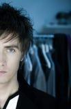 Mann mit blauen Augen Stockfoto