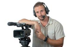 Mann mit dem Berufskamerarecorder lokalisiert auf weißem Hintergrund Lizenzfreie Stockbilder