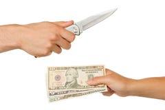 Mann mit dem Messer, das eine Frau bedroht Stockfotografie