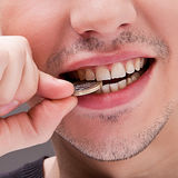 Mann mit den weißen Zähnen stockfotografie
