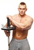 Mann mit der muskulösen Torsoaufstellung Lizenzfreie Stockfotografie