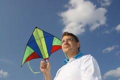 Mann mit Drachen Lizenzfreie Stockbilder