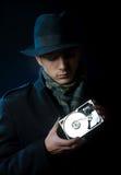 Mann mit einem Festplattenlaufwerk Stockfotos