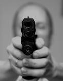 Mann mit einer Gewehr Stockfoto
