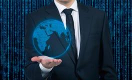 Mann mit Erde Lizenzfreies Stockfoto