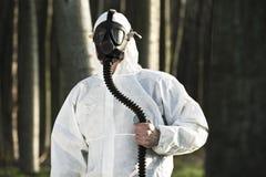 Mann mit Gasmaske Stockbild