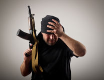 Mann mit Gewehr Lizenzfreie Stockfotografie