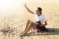 Mann mit Hund Stockfotos