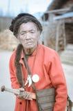 Mann mit Klinge in Arunachal Pradesh Stockfoto